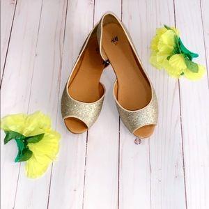 ✨✨H&M glitter peep toe flats ✨✨